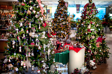 Your best poinsettia christmas tree and christmas decor store in pre lit christmas tree solutioingenieria Choice Image
