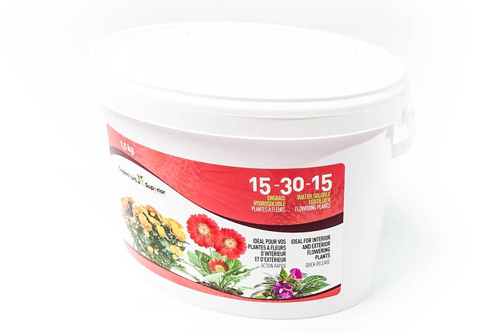 Water Soluble Flowering Plants 15-30-15